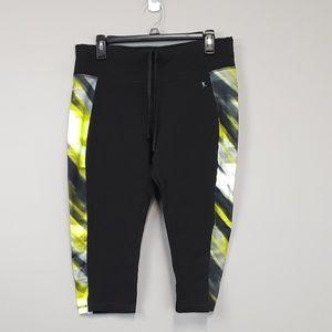 Danskin Now black capri exercise leggings size L